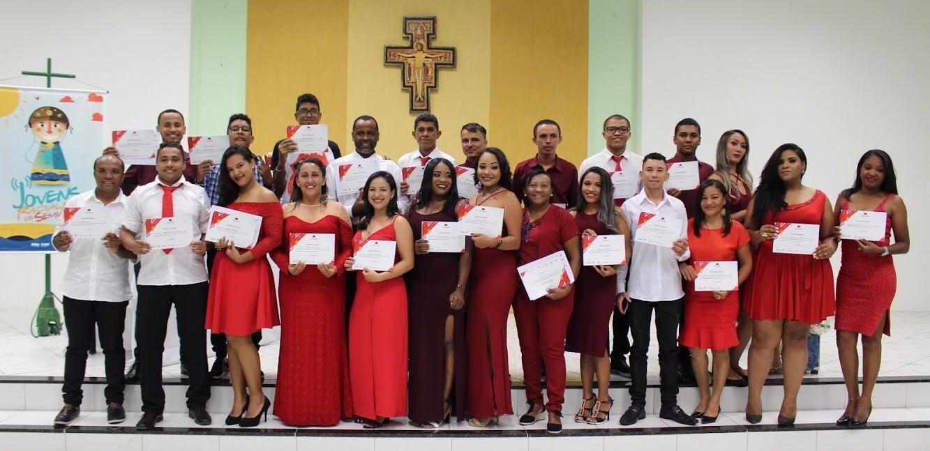 Alunos do Projeto Jovens Radialistas do Semiárido recebem certificados em cerimônia de transformatura em Oeiras - PI